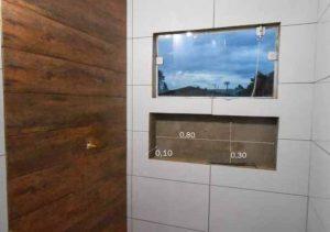 Altura, largura e profundidade de um nicho no banheiro
